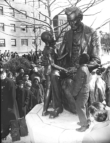 Monument Lincoln And Child Harlem New York By